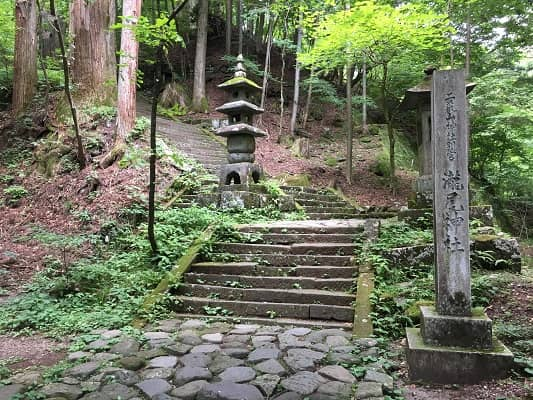 滝尾神社入口の画像