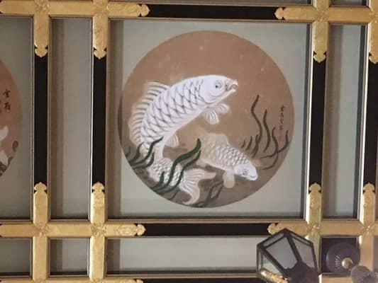 白い鯉の絵の画像