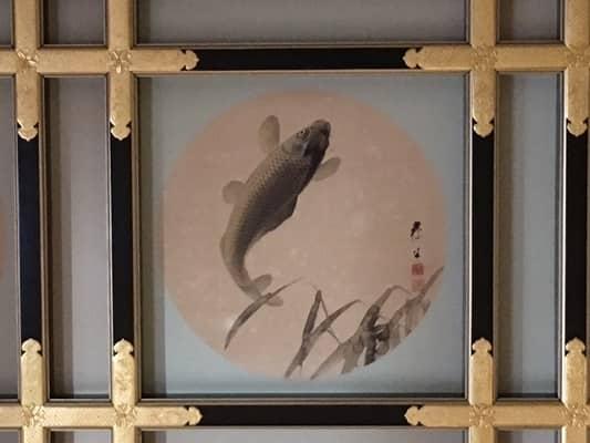 黒い鯉の絵の画像