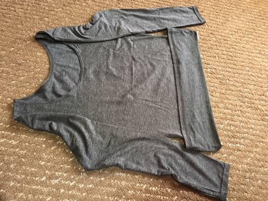 Tシャツの折り方の画像②